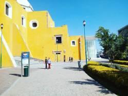 Teatro de la ciudad y plaza del artista