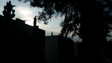 Irapuato Guanajuato panteón municipal. Puntos Suspensivos irapuato